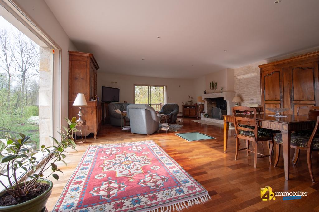 Maison Sansais 7 pièce(s) 186 m2