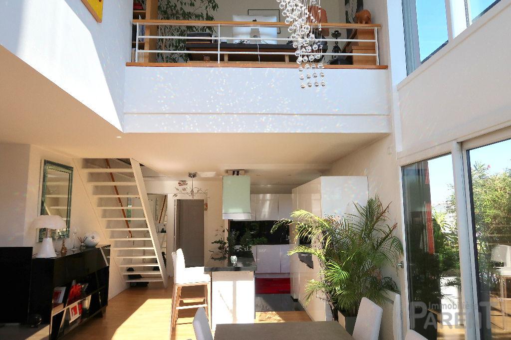 Duplex Issy Les Moulineaux - 5 pièce(s) 120.17 m2