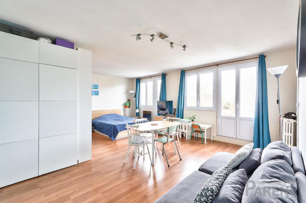 Châtillon Maison Blanche : 3 pièces 59.1 m2 4ème étage - proche métro L13