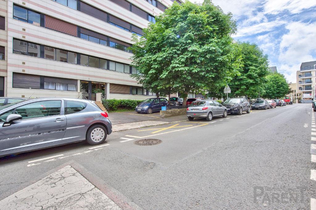 Appartement  3 pièce(s) 63 m2 CORENTIN CELTON