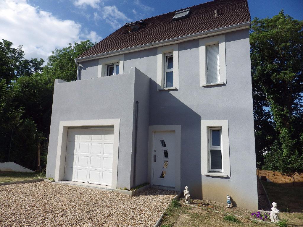 Maison Saint Germain En Laye 6 pièces 122 m2