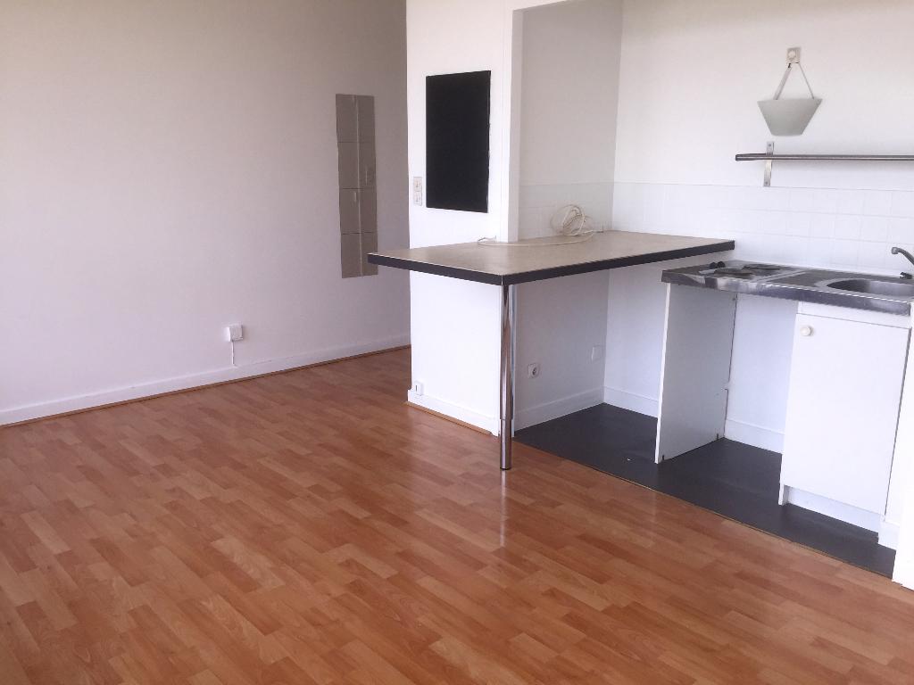 Appartement  1 pièce(s) LE PECQ 25m2