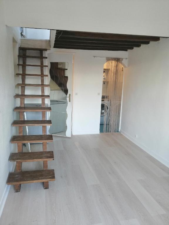 Appartement Poissy 1 pièce(s) 25 m2