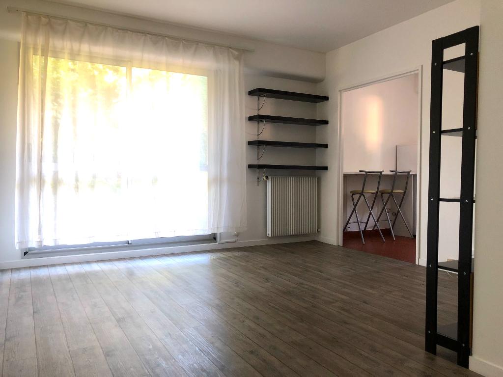 Appartement Saint Germain En Laye 1 pièce(s) 29.72 m2