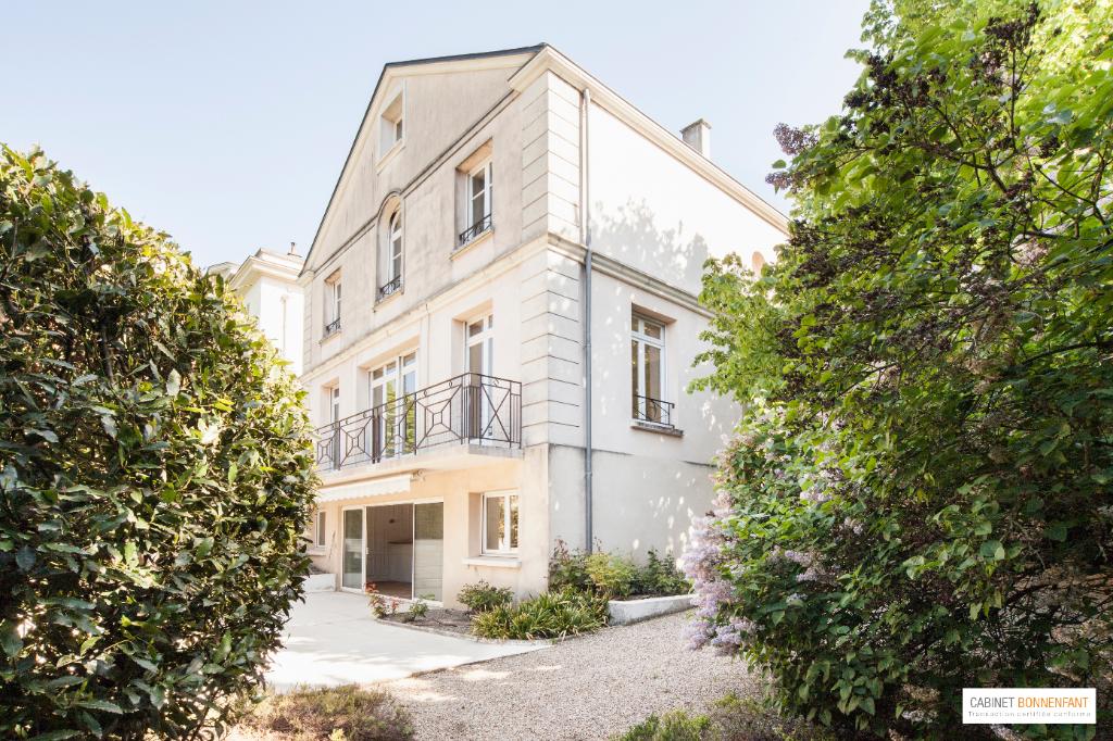 Maison Saint Germain En Laye 8 pièce(s) 248 m2