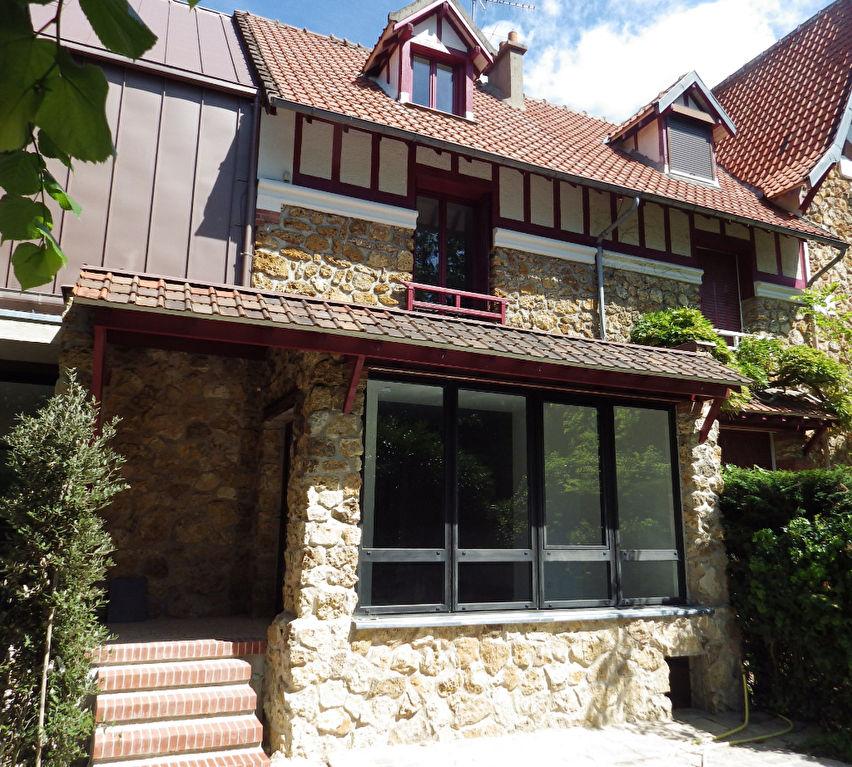 Appartement Triplex 190 m² - quartier Forêt