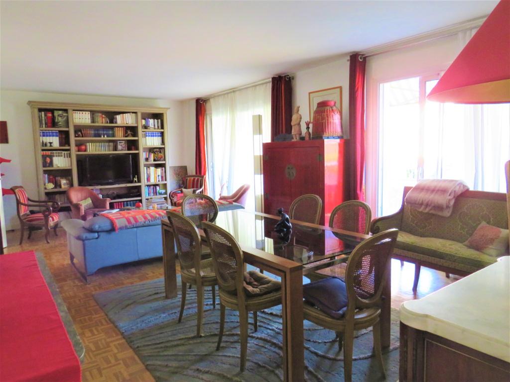 Appartement Saint Germain En Laye 5 pièce(s) 118 m2