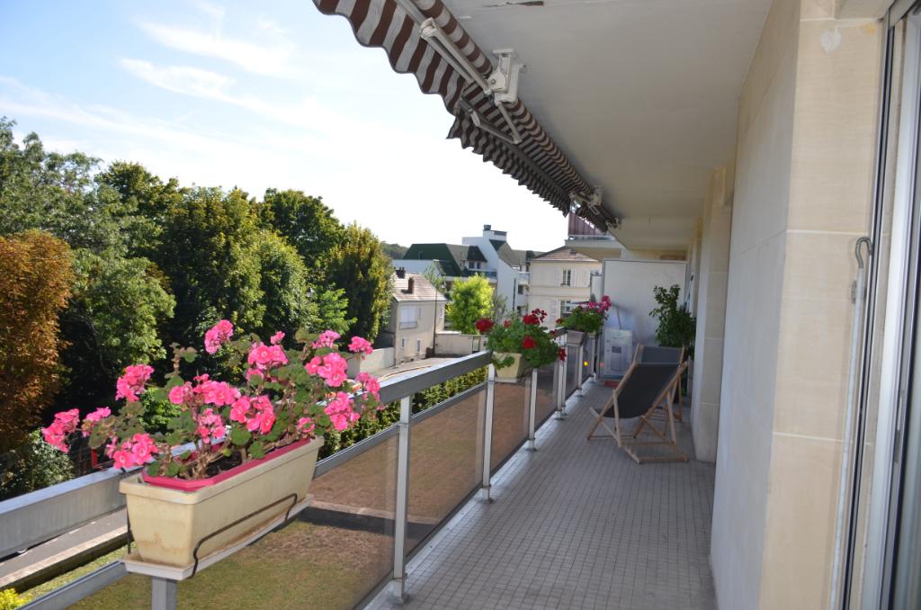 Appartement Le Pecq 5 pièce(s) 97 m2