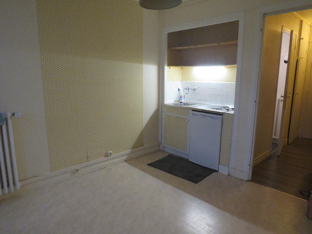 Appartement  1 pièce(s) 17.38 m2