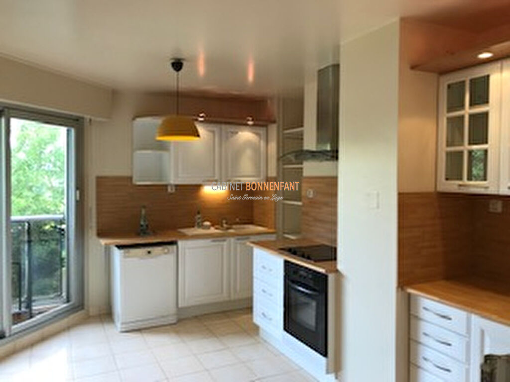 Appartement Saint Germain En Laye 5 pièce(s) 104 m2