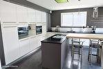 Appartement Bruz  1 piece(s)  24.85 m2