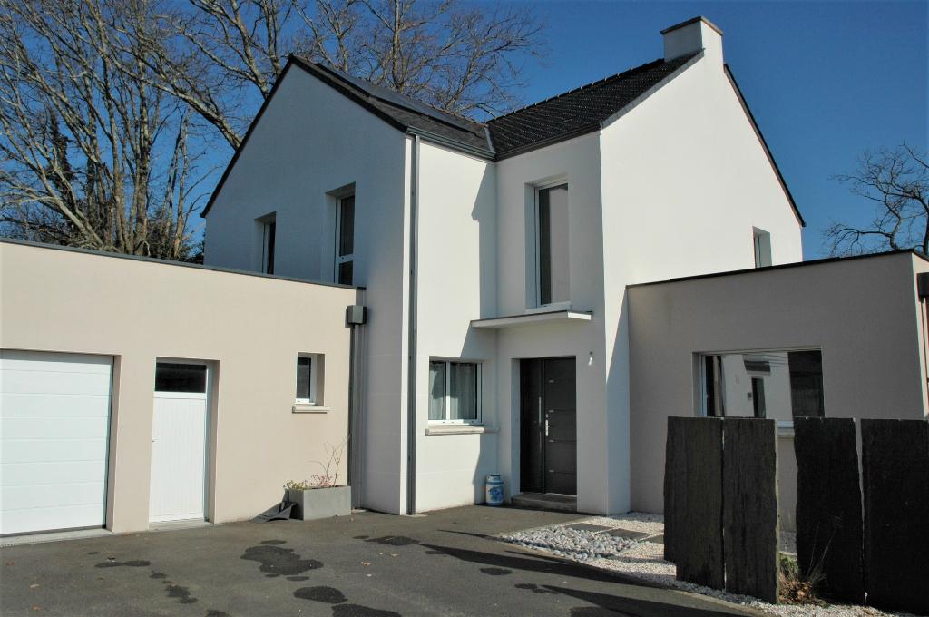 Maison 2012 de 6 chambres à Sucé-sur-Erdre 190 m² sur un terrain 770 m²