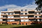 A louer bel appartement T3 de 61 m2 au 3ème et dernier étage dans le bourg de Vezin le Coquet